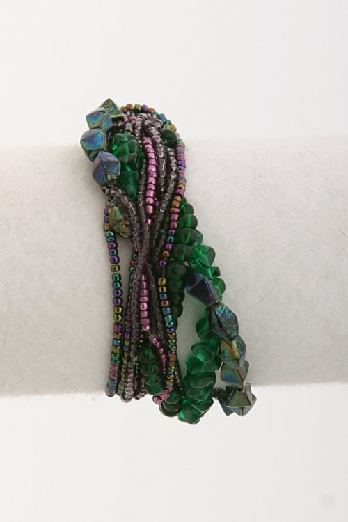 stretchy-beaded-bracelet-b148