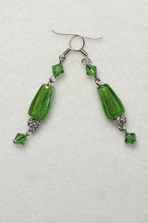 green earrings-e-59