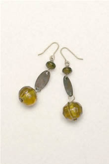 glass and metal earrings-e-38