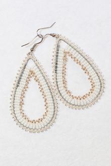 handmade-beaded-earring-african-art-deac14