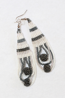 long-handmade-beaded-earring-african-art-deac8
