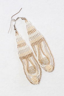 long-handmade-beaded-earring-african-art-deac7