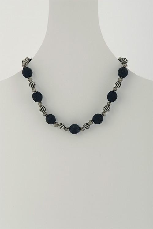 swaziland-handmade-necklace-tintsaba-dnt10