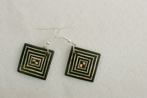 handmade-african-earrings-mambu-dem1