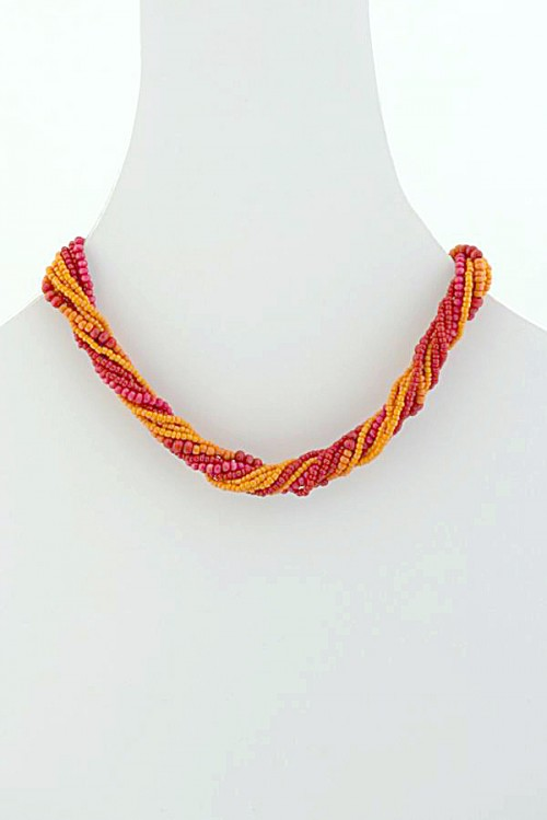 contemporary-handmade-necklace-sulo-dns-30