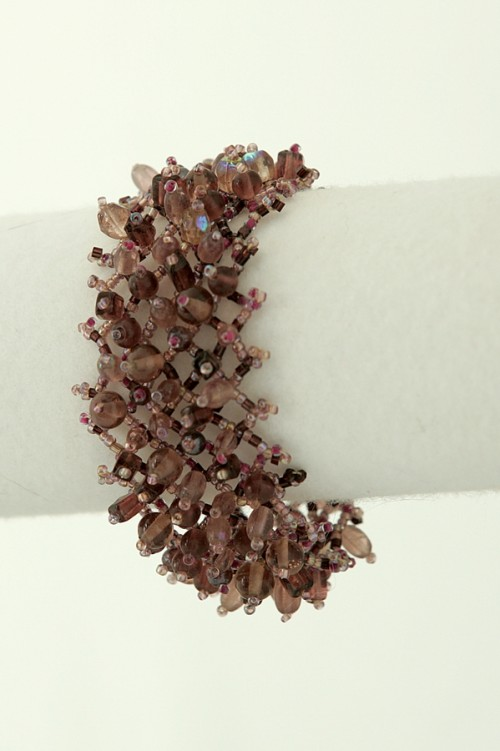 cuff-style-beaded-bracelet-b-93